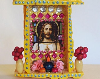 Mexican Wood Nicho, Jesus Nicho, Mexican Folk Art, Day of the Dead, Ofrenda Decor, Jesus Picture, Catholic Nicho, Mexican Kitsch, Nicho