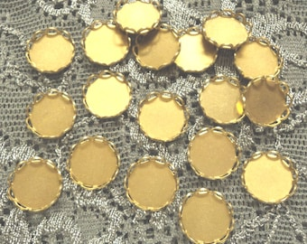 9mm round brass closed back lace edge cup settings 18 pc lot l