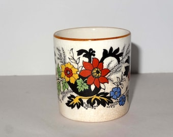 Staffordshire England Porcelain Egg Cup Oriental Motif Home and Garden Kitchen and Dining Serveware Tableware Egg Cups
