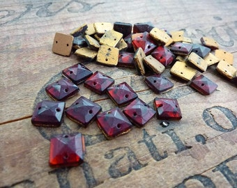 Vintage Square Two Hole Glass Sew On Beads (12)