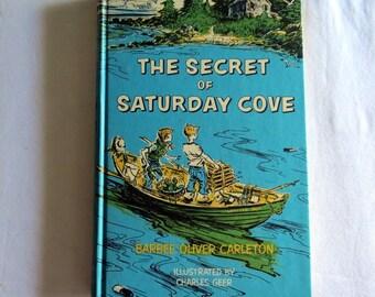 Vintage Reader - The Secret Of Saturday Cove - Blue  Green Book - Vintage Children's Book - 1960s