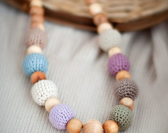 Earthy teething necklace / nursing necklace /breastfeeding necklace