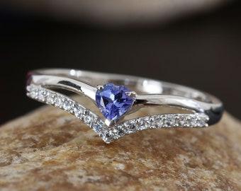 Chevron Style Tanzanite Ring - Size 9