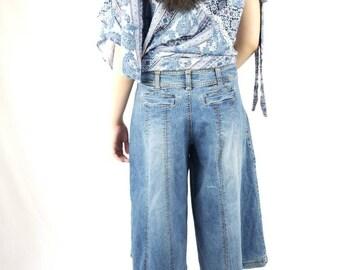 Vintage Culottes Pants Goucho  Cropped Wide Leg Denim Pants  // Womens size 32 9 10 11