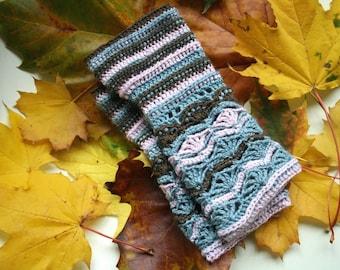 Crochet Pattern, fingerless glove pattern, wrist warmer crochet pattern (226) crochet mittens pattern