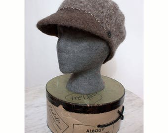 Newsboy Style Cap in Felted Wool