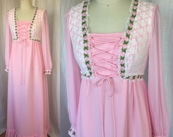 1970's MAXI dress /Size S / Baby Pink Hippie Boho Corset Front Dress, Romantic Flower Power Bridesmaid Formal Lace Sheer Gown