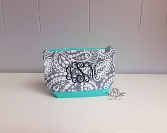 Monogram make up bag, personalized cosmetic bag, accessory bag,
