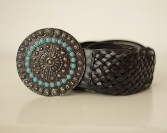 1970s Black Leather Belt with Round metal buckle