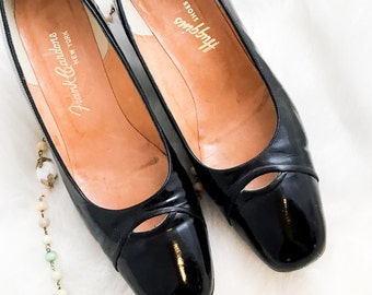 Vintage 50s 60s Black Patent Leather Heels - sz 8.5A - Free Ship