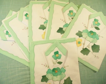 Floral Applique Placemats And Napkins - Set Of 6 - Yellow Green
