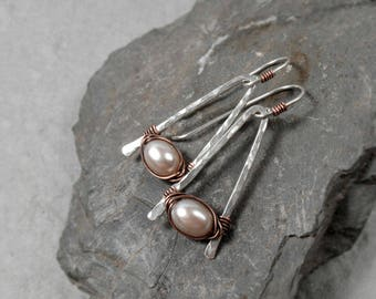 Freshwater Pearl Mixed Metal Earrings, Hammered Wire Earrings, Dusty Pink Pearl Earrings, Pearl Jewelry, June Birthstone, Gift for her