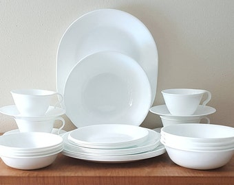 Corelle Winter Frost White Corelle Dinnerware 30 Piece Set for 4 Made in the USA & White corelle dishes | Etsy