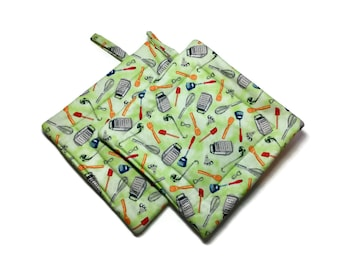 Handmade Quilted Pot Holders Set of 2 Kitchen Utensils Green Mid Century Modern