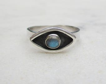 Evil eye shadowbox ring, eye labradorite sterling silver ring, gemstone stacking ring, protection amulet shadow box ring, US sz 7 or 5.75
