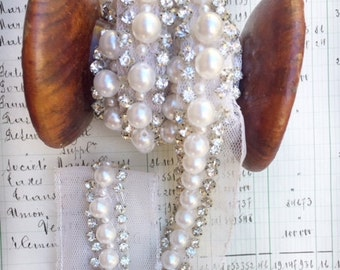 Pearl and rhinestone trim. wedding and costume trim. embellishment pearl trim for sewers, artists and scrapbookers. Ballet trim.