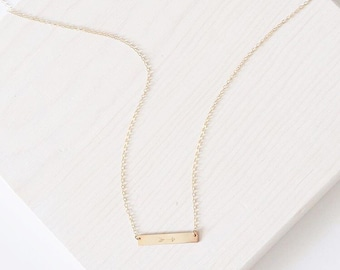 Le collier de Lucy | 14k Gold Filled collier barre | Bijoux personnalisés