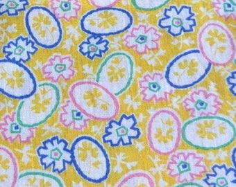 Vintage Feedsack Flour Sack Fabric Yellow Novelty 1930's 1940's 1950's Cotton Quilt Patchwork Doll Clothes