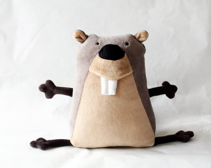 Muma Beaver Plushie, Funny Little Aquatic Rodent Stuffie Toy, Funny Pocket Plush Beaver