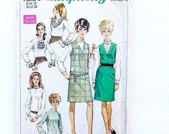 Vintage 60's Simplicity Misses Blouse and Jumper Pattern #7765 - Size 12 (Bust 34)