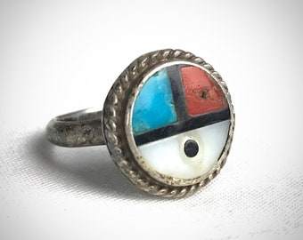 Vintage ZUNI Sunface Ring ~ size 5 ~ Sterling Silver, Turquoise, Coral, Mother of Pearl ~ Native American ~ Antique