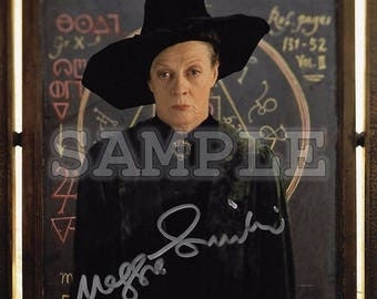 Maggie Smith signed 8x10 Autograph RP - Great Gift Idea - Ready to Frame photo picture!