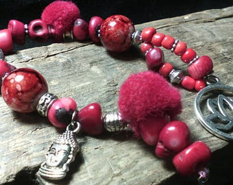 """Ethnic zen bracelet red coral and wool """"Pomponnettes"""" Collection"""
