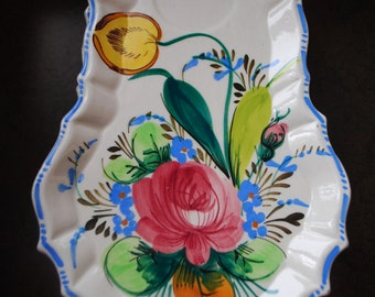 Vintage 50s ceramic  set of the seven snack plate with  a hand painted flowers. Made in Italy.