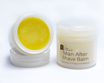 After Shave Balm, calms shaving rash, moisturises and conditions skin. Masculine scent of patchouli and orange. 50ml