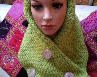 Vegan knitwear OOAK snood cowl glow in dark yarn lime green - vintage buttons