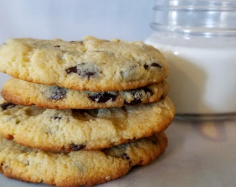The BEST Keto Chocolate Chip Cookies! - Sugar-Free, Gluten-Free, Low-Carb, and Diabetic Friendly Cookies