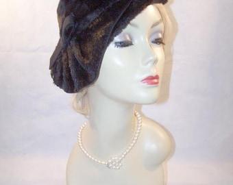 Gorgeous Vintage Black Fur Felt Ladies Hat