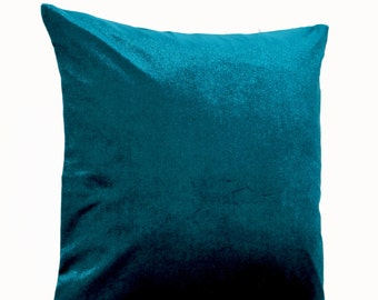 ships to thumbprintz decorative pillow product hum garden canada overstock daisy home teal