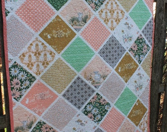 Pink and Green Lambs Quilt // Bunnies Quilt // Gift for Toddler // Gift for Baby // Baby Boy // Baby Girl // Baby Quilt