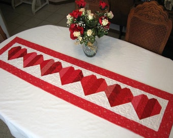 Be My Valentine  -  Table Runner - PATTERN ONLY