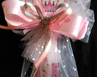 Baby-shower-Aunt -To be pin on corsage