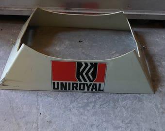 Uniroyal Tire set Advertising