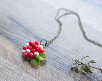 Nature necklace - nature inspired jewelry - berry necklace – cranberries - botanical jewelry - forest woodland jewelry - porcelain jewelry