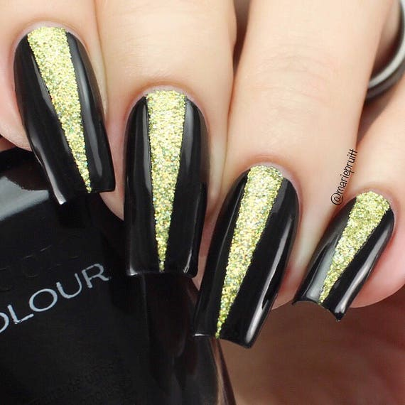 Single triangle nail art stencils for long nails/ Triangles are 26mm long/  Nail art vinyls/ Geometric nail stencils/ Nails/ Nail design from ... - Single Triangle Nail Art Stencils For Long Nails/ Triangles Are 26mm