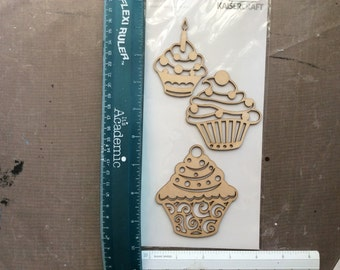 Wooden Flourishes - Cupcakes