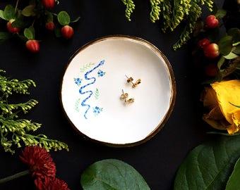 Ring Dish / Jewelry Dish / Snake Jewelry / Personalized Jewelry Dish / Unique Jewelry Display / Wedding Gift / Modern Jewelry Dish /