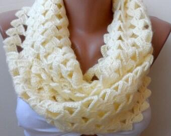 crochet scarfs, Cream Infinity scarf, Crochet loop scarf, Cream scarf,Elegant scarf, gifts, Crochet infinity scarf, Crochet scarf,