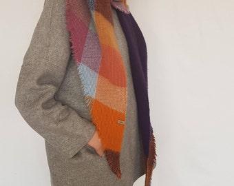 Shawl DN001 / Handmade Weaving on the Loom / Scarf / Warm Shawl / 100% Natural Wool / Gift Idea