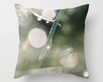 Sunny Rain Drop, Pillow Cover, 16x16, 18x18, 20x20, home decoration,bokeh,Green,Garden,macro,botanical,rain, kitchen decor, interior design