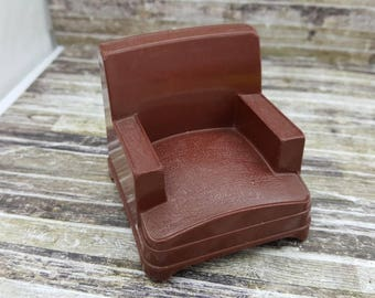 Superior T Cohn Arm Chair  Living Room  Doll House Toy  Hard Plastic