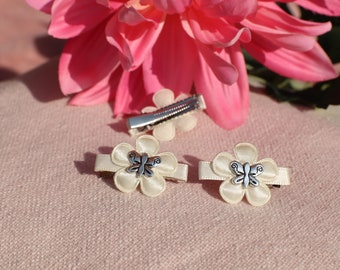 Hair Clip medium Boho Chic beige flower with silver butterfly