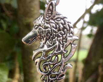 Antique Silver Celtic / Viking Dire Wolf Pendant Necklace