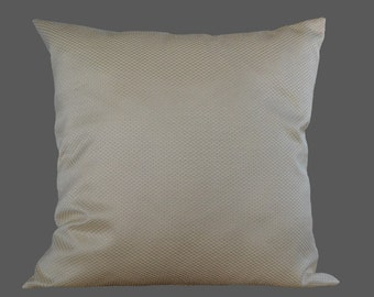 Cream pillow-cover, eggshell-coloured w. minimal pattern, ivory pillow-cover, 50x50 cm/ 19,7x19,7 inch, for decorative pillow