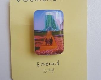 Emerald City brooch/pin