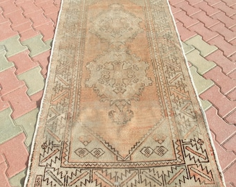 Vintage Turkish Rug,Oushak Rug,Pale Faded Muted Colors Rug,Unique Hand Knotted Wool Area Rug,Redish Salmon Distressed Area Rug,3'2''x6'7''